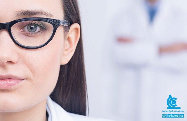 009bacaf7 Quando procura uma armação de óculos femininos, a escolha tem de ser feita  com critério. De forma demorada e pausada, sem pressas. Para que possa  encontrar ...