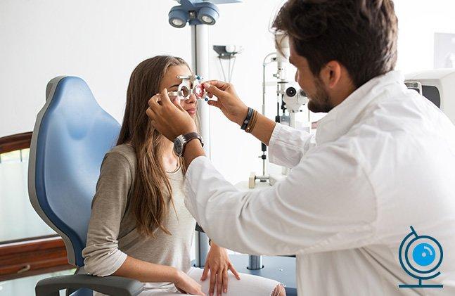 56528f4ae9731 Porque é importante frequentar consultas de optometria  Consultas de  Optometria